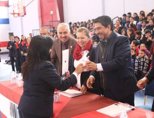 Ceremonia y Entrega de Reconocimientos