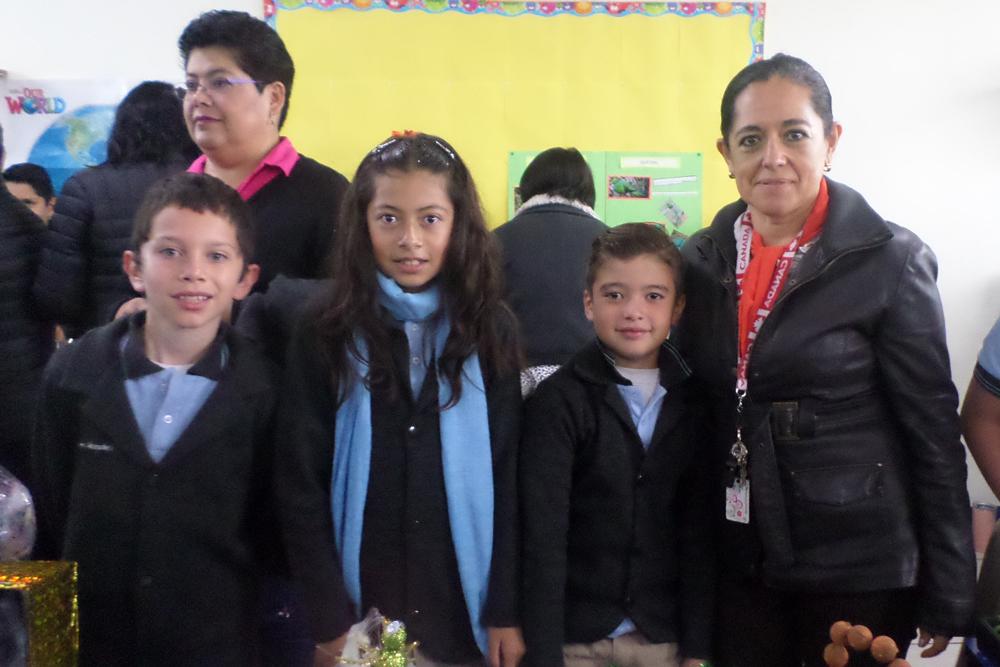 Alumnos de Primaria IMM Zavaleta presentan proyectos en inglés